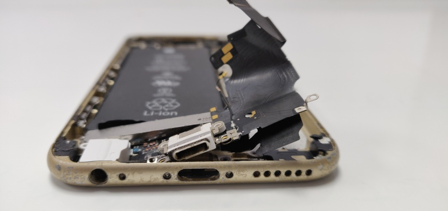 Repair for Not Charging iPhone in Irving Geeks Stop Irving