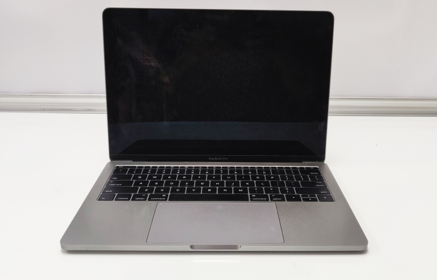 Performance tune up of macbook pro in Irving, Texas by Geeks Stop