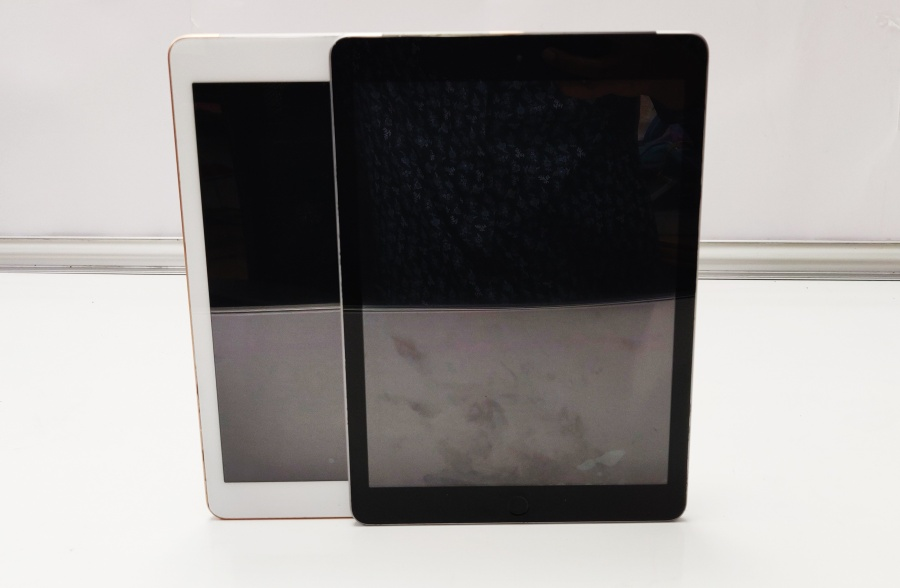 iPad® Screen Replacement for all iPad® models by Geeks Stop, Irving, Texas